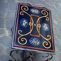 Arte Decorativa di Fiordelisi Simone: Tables, Petite table avec fleurs
