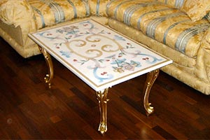 Arte Decorativa di Fiordelisi Simone: Hand made inlaid marble tables decorated in mosaic or scagliola from the artisan workshop Arte Decorativa, Florence - Artisan workshop for hand made inlaid marble tables and objects in Florence